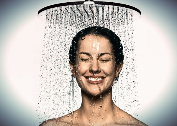 Hot-shower-is-bad-for-your-skin