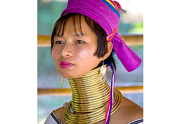 539fe49b07795_-_cos-01-kayan-tribe-brass-ring-neck-de