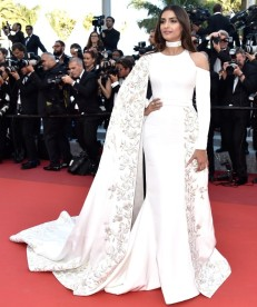 "CANNES, FRANCE - MAY 15: Sonam Kapoor attends the ""From The Land Of The Moon (Mal De Pierres)"" premiere during the 69th annual Cannes Film Festival at the Palais des Festivals on May 15, 2016 in Cannes, France. (Photo by Pascal Le Segretain/Getty Images)"