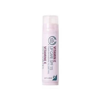 body shop Vitamin E Lip Care SPF 15 r